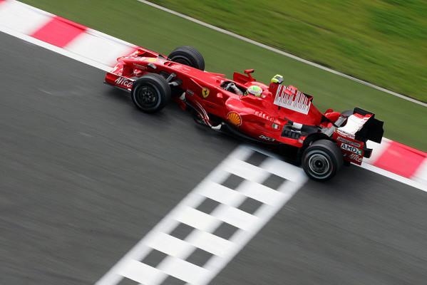 Ferrari vs. McLaren: Vorteil Rot