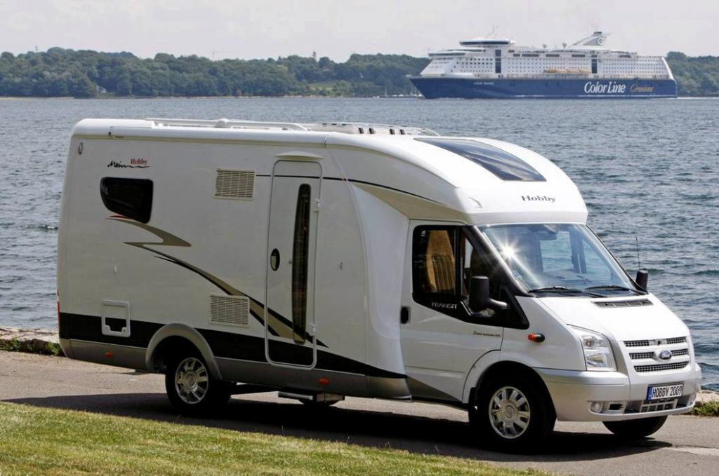 neue reisemobile und wohnwagen von hobby magazin. Black Bedroom Furniture Sets. Home Design Ideas