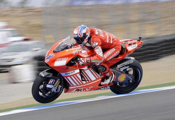 Stoner nur knapp vor Edwards: Michelin meldet sich zurück