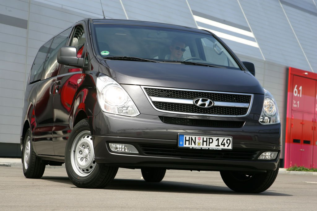 fahrbericht hyundai h-1 travel 2.5 crdi: unschlagbar günstig - magazin