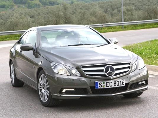Presse-Präsentation Mercedes-Benz E 250 CGI Blue Efficiency Coupé: Bruder Leichtfuß