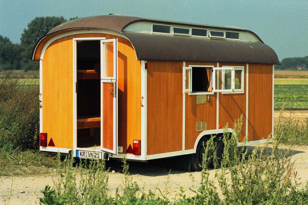 holzwohnwagen holz schnitzer teil iii magazin. Black Bedroom Furniture Sets. Home Design Ideas