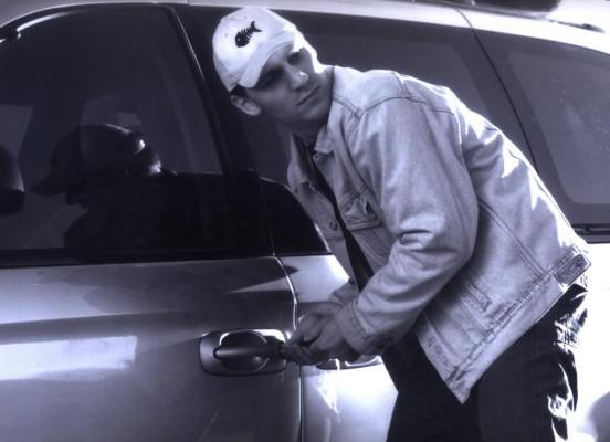Autodiebstahl: Kein Geld bei Lügen