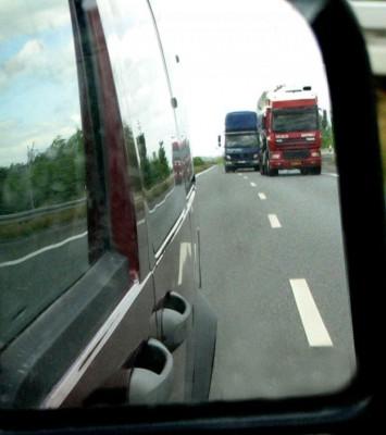 Ein Rückwärtsfahrten-Simulator für Lkw-Fahrschüler