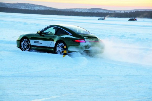 Programm 2010 vorgestellt: Porsche Sport Driving School und Travel Club