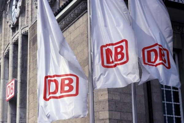 Deutsche Bahn erweitert Online- und Handy-Dienste