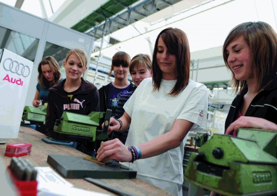 Girls' Day bei Audi: Ausprobieren, was Spaß macht