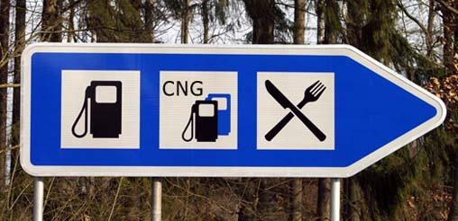 Recht: Bei Schäden durch Tankwart haftet Tankstellenbetreiber
