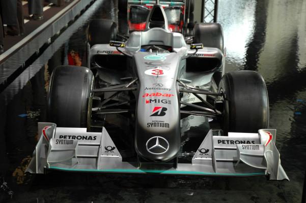 Beispiel Mercedes/Hockenheim: Was am Formel-1-Vorabend (unter der Tribüne) so alles passiert