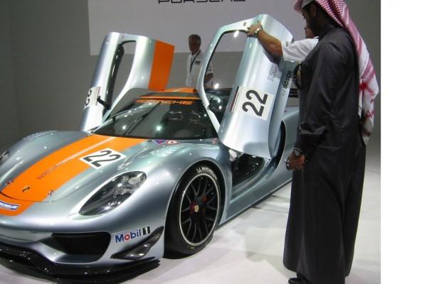 Qatar Motor Show - Der Abschied vom Luxus fällt nicht leicht