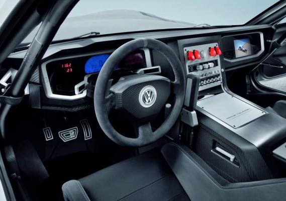 Volkswagen zeigt in Qatar zwei exklusive Touareg-Showcars