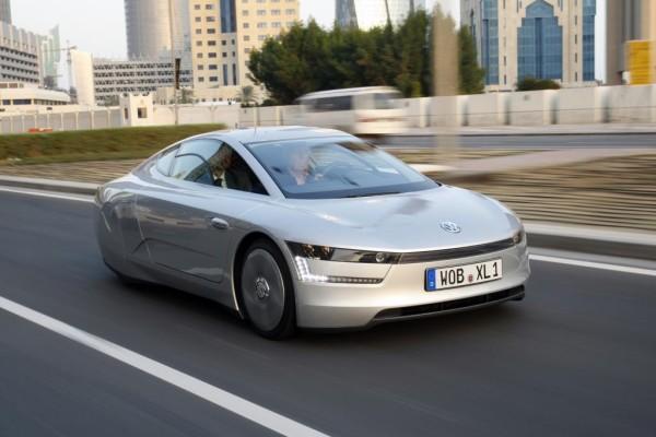 Fahrbericht XL-1: Ein-Liter-Auto wird bei 160 km/h eingebremst