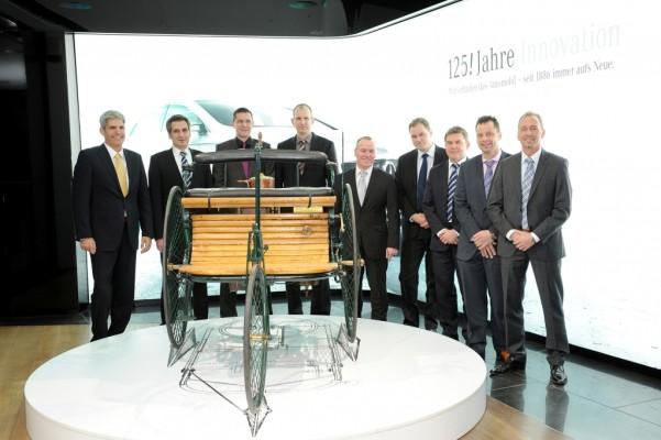 Mercedes-Benz qualifiziert Führungskräfte im Service