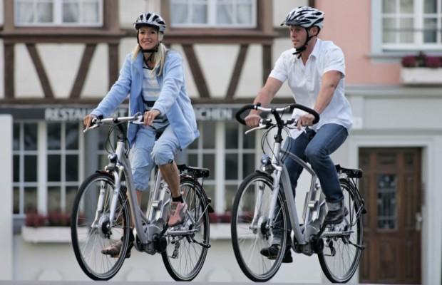 Sind Pedelecs und E-Bikes Fahrräder oder Kraftfahrzeuge?