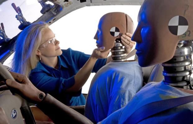 Ford entwickelt ersten virtuellen Kinder-Dummy