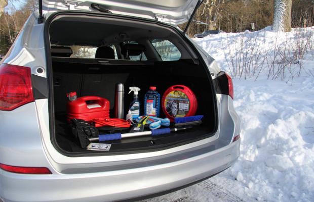 Ratgeber: Das sollte im Winter im Auto nicht fehlen