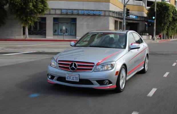 Reportage: Mercedes Driving Academy - Sicherer Start für Hollywoods Kids