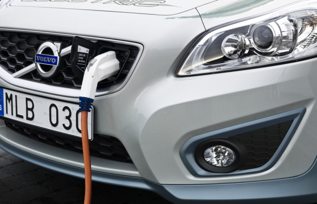 Volvo hilft bei Entwicklung eines einfachen Ladesystems für Elektrofahrzeuge