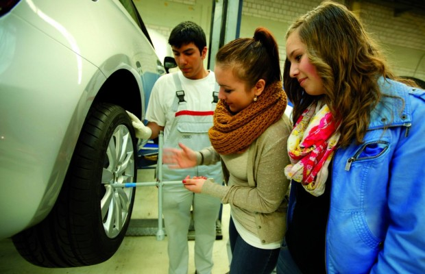 Girls' Day: 140 Mädchen bei Audi in Neckarsulm