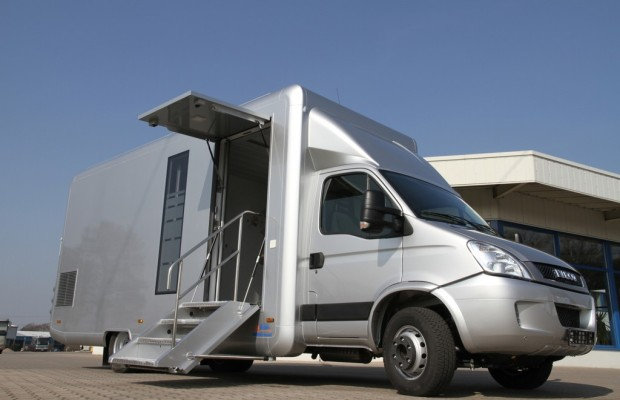 Iveco Daily als mobile Bankfiliale