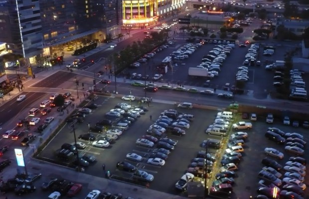 Rechts vor Links gilt nicht auf dem Parkplatz