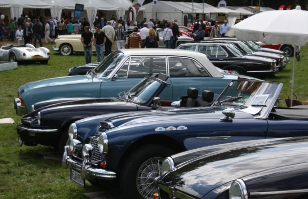 Classic Days Schloss Dyck - Automobile Chromjuwelen und Klassiker für alle
