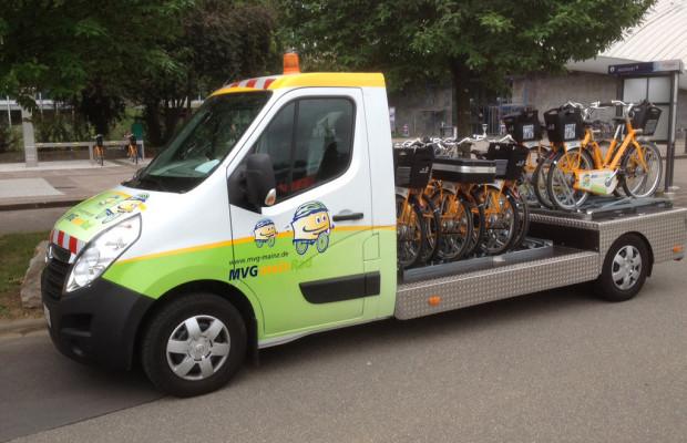 Opel Movano als Transporter für Bike-Mietsystem im Einsatz