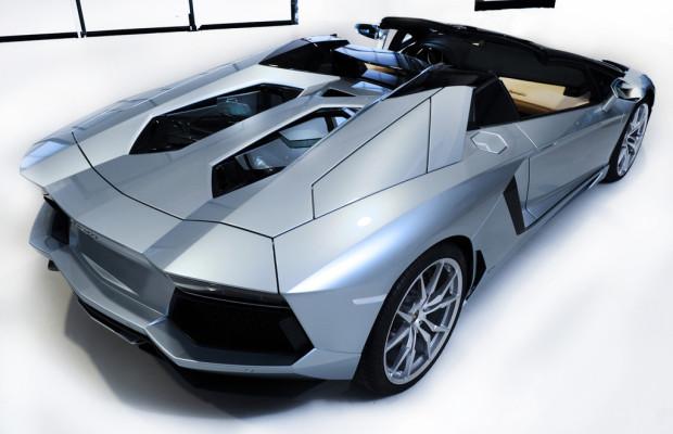 Lamborghini Aventador LP 700-4 Roadster kostet 300 000 Euro