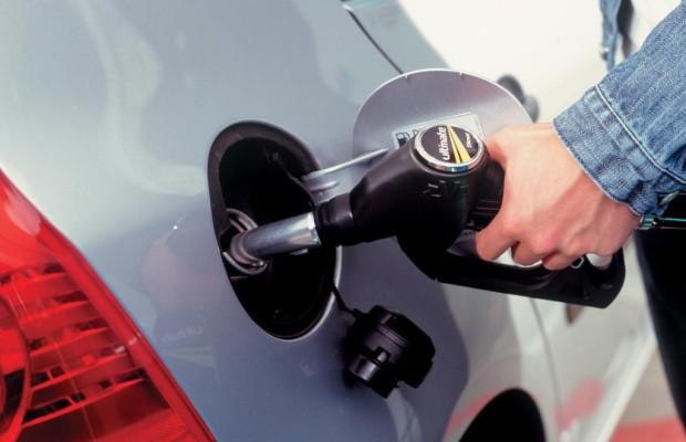 Was war 2012: Spritpreise auf Rekordhoch - Kostenexplosion an der Tankstelle