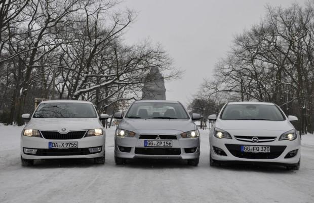 Limousinenvergleich: Mitsubishi Lancer, Opel Astra, Škoda Rapid - Comeback des Klassikers