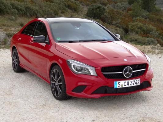 Mercedes-Benz erlebt schwachen Februar