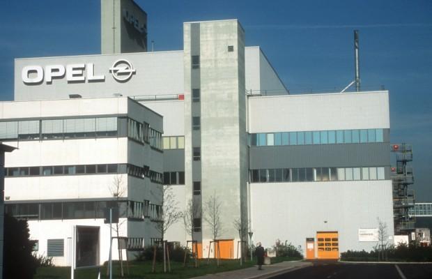 Opel-Sanierungsplan in Eisenach von den Mitarbeitern durchgewunken