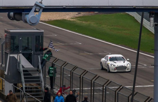 Aston Martin fährt Nürburgring-Rennrunden CO2-frei