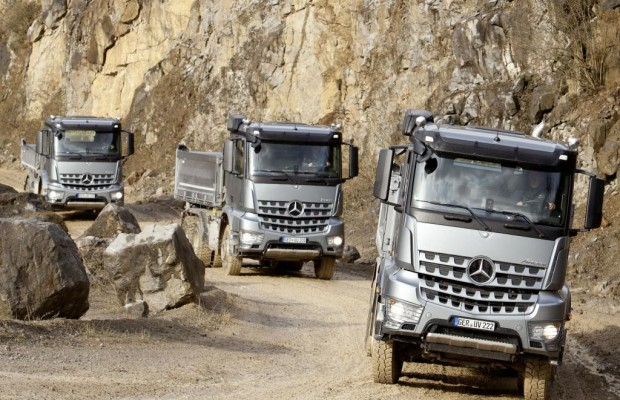 Panorama: Mercedes Arocs - Ein Daimler rockt die Kiesgrube
