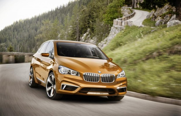 BMW Active Tourer Outdoor - Mit Kran an Bord