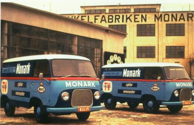 Tradition: 60 Jahre Ford Transit - Rasende Räume, fliegende Teppiche und Rotkäppchen im Renndress