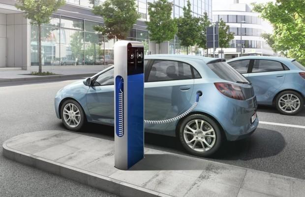 Elektroautos: Starthilfe international