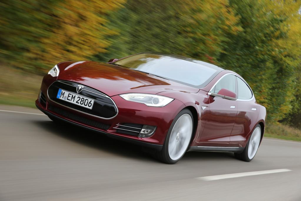 Tesla Motors eröffnet Montagewerk in Europa