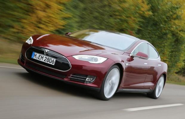 Elektroauto Tesla S - Erneuter Brand-Vorfall