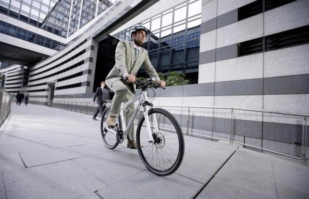 Fahrrad schlägt Auto - Europa steigt aus und auf