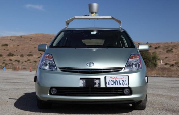 Navi-Technologie für Roboter-Autos - Orientierung an Laternenmasten