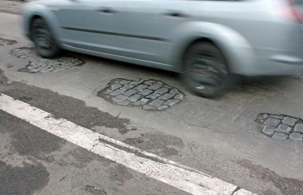 Umfrage zum Zustand deutscher Straßen - Viele fürchten den löchrigen Untergrund