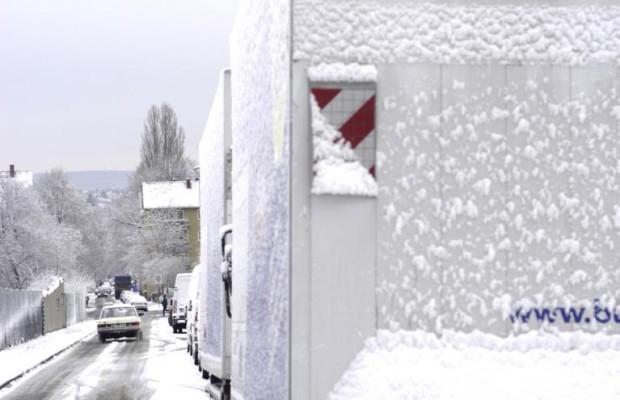 Vorsicht: Eis fällt