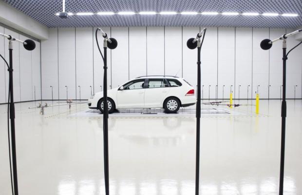 Akustik-Ingenieure optimieren Geräusche im Auto