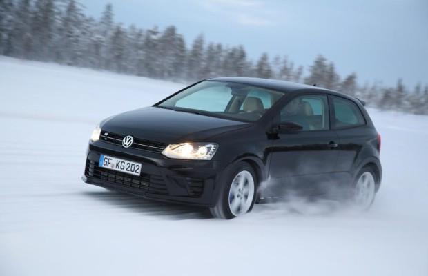 Der VW Polo R wirft seine Schatten voraus - Neulich nachts in Schweden