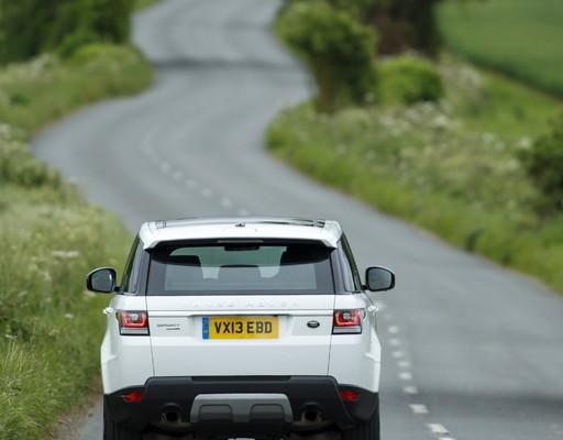 Fahrwerkstechnik bei Land Rover: Leichtfüßiger ins Gelände