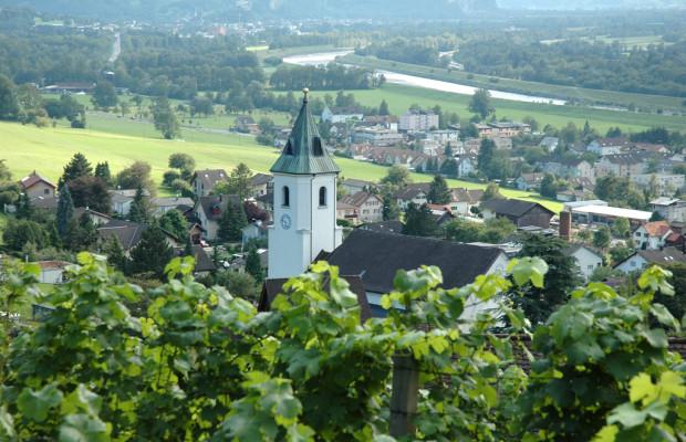 Wandern in Liechtenstein: Auf Schritt und Tritt umgeben von Sagen und Legenden
