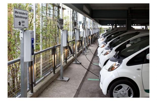 Große Stromtankstellen brauchen Energiemanagement