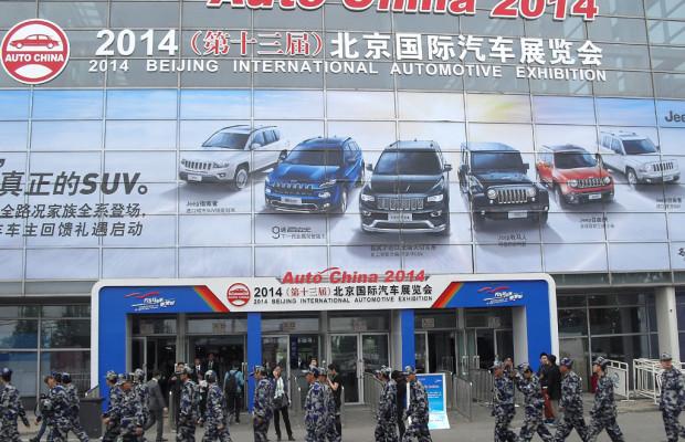 Unter Kommando in Reih' und Glied: Beobachtungen bei der Auto China