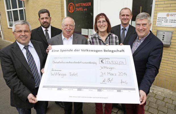 VW-Mitarbeiter spenden an Wittinger Tafel